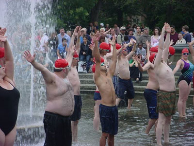 And this is synchronized swimming in a public fountain. Hilarious.